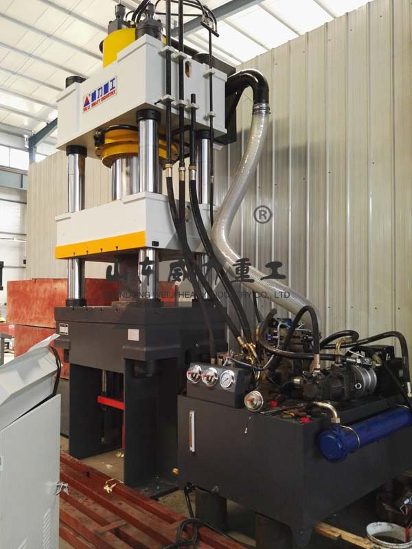 500吨四柱伺服液压机