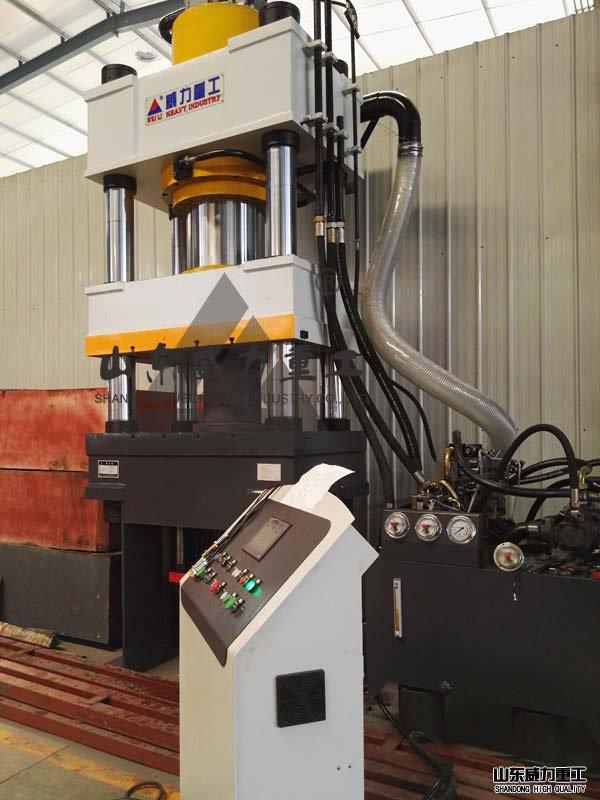 500吨伺服油压机实物图
